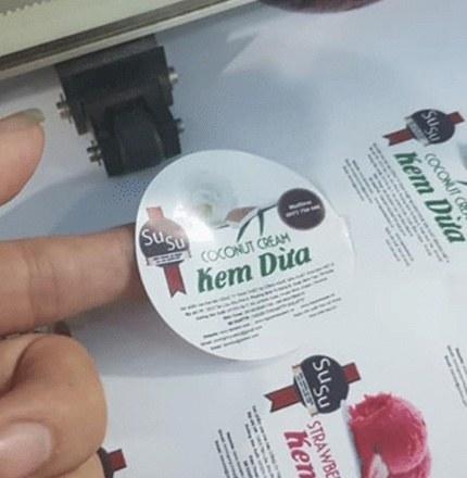 in decal nhựa giá rẻ ở hcm