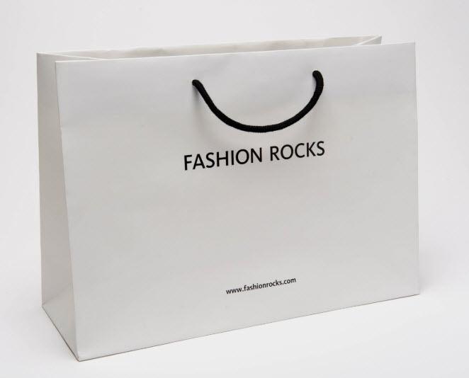 in túi giấy cho shop thời trang tphcm